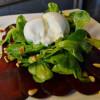 Rote-Bete-Carpaccio mit Feldsalat und Burrata