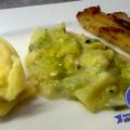 Nussbutter-Seelachs mit Kartoffelstampf und Rahm-Wirsing