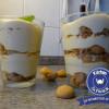 Sahne-Likör-Mousse mit Amarettini-Crumble