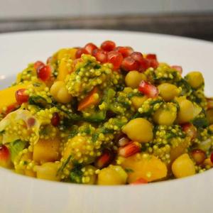 Lauwarmer Quinoa-Hokkaido-Salat