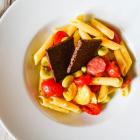 Leckeres aus der Vorratskammer: <br />Nudel-Zucchini-Salat mit dicken Bohnen