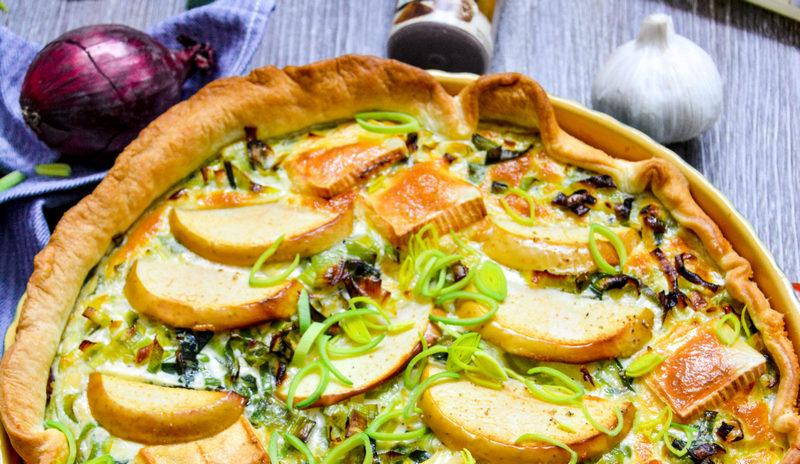 Lauch-Käse-Tarte mit Apfel