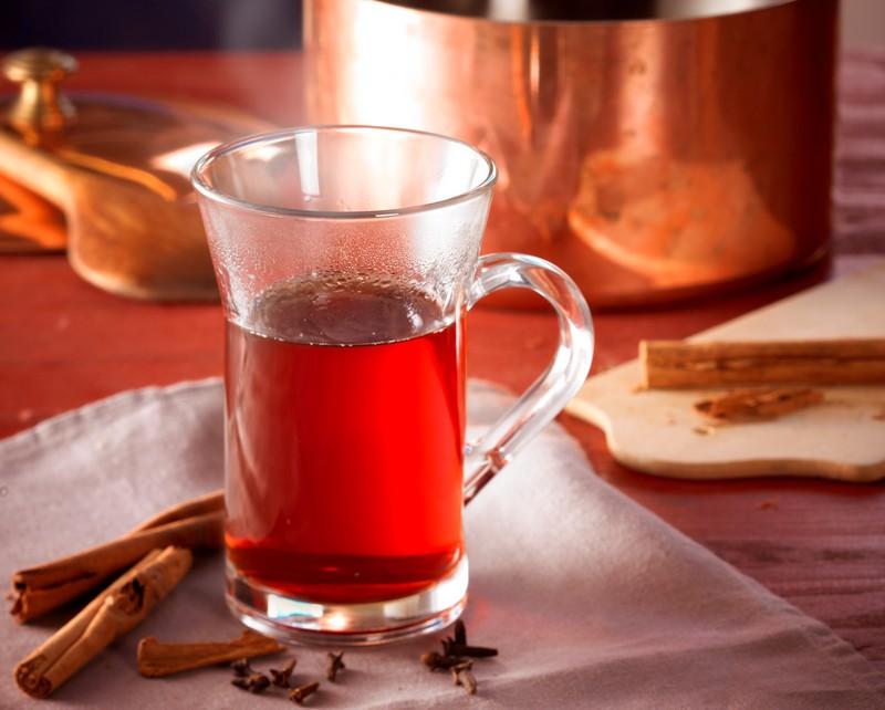 Glas mit Grog von Asmussen Rum